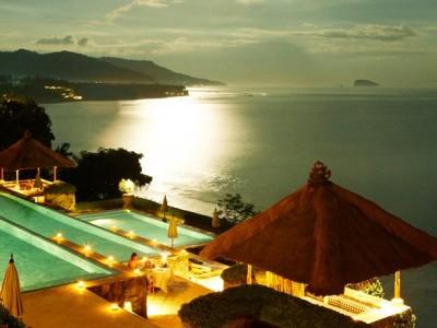 Fancy a swim? 10 amazing pools that will seduce you Amazing pools Amankila1 400x300