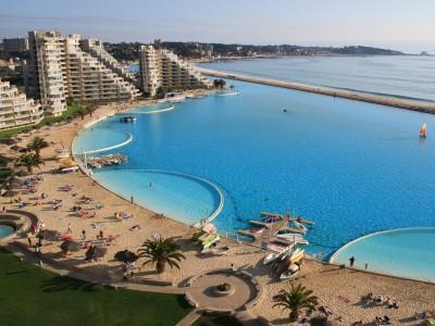 Fancy a swim? 10 amazing pools that will seduce you Amazing pools San Alfonso del Mar Resort1 400x300