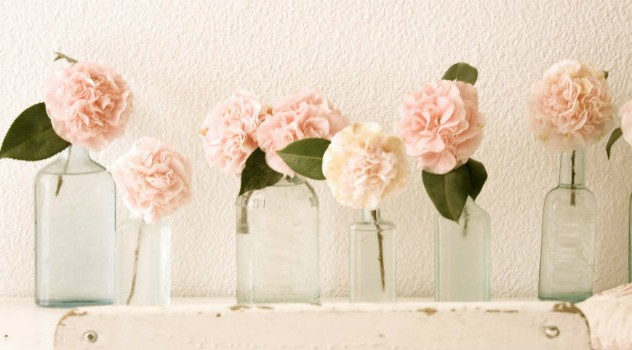 room-with-spring-flowers-inteior-ideas