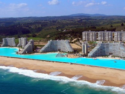 THE MOST INCREDIBLE POOL IN THE WORLD