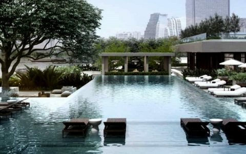 Bangkok's Four Seasons Luxury Hotel Has The Most Beautiful Interiors four seasons Bangkok's Four Seasons Luxury Hotel Has The Most Beautiful Interiors Bangkoks Four Seasons Luxury Hotel Has The Most Beautiful Interiors capa 480x300